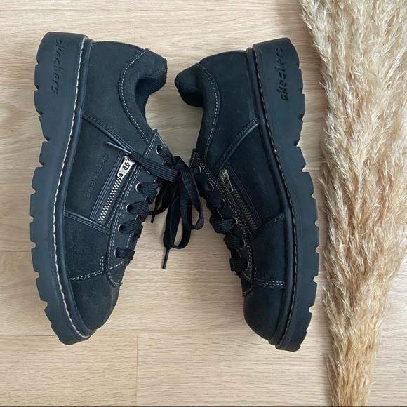 Sketchers Jammers   90's Platform Sneakers Size 8